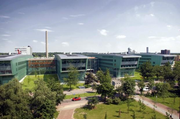 RADBOUD-Huygens-Building-621x413